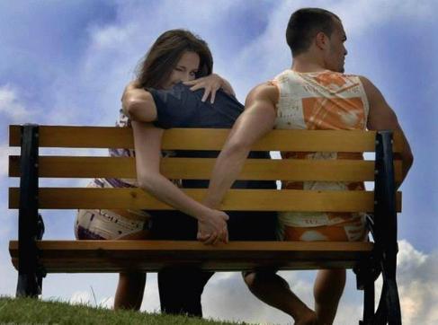 Lợi hại của 4 kiểu ngoại tình