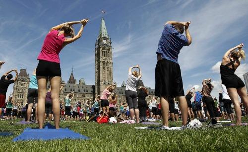 yoga-39-3189-1414055086.jpg