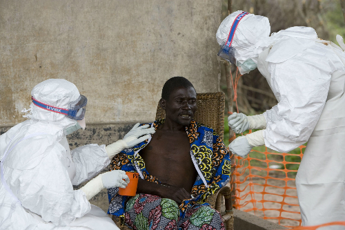 Tây Phi vẫn còn thiếu cơ sở vật chất, trang thiết bị điều trị Ebola. Ảnh: mashable