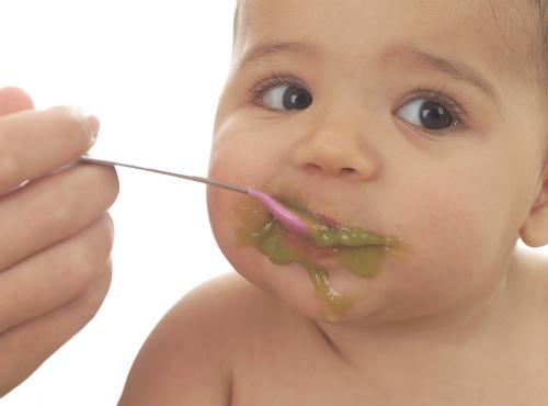 babyeatingfood-4449-1417847551.jpg