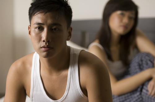 Ngày càng nhiều nam giới gặp các rối loạn tình dục. Ảnh minh họa:thegrandnarrative.