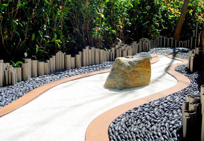 Nghệ thuật sử dụng đá cuội tô điểm sân vườn