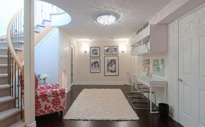 Những mẫu bàn ghế tiết kiệm diện tích cho nhà hẹp 8