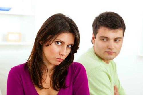 9 điều bà vợ thông minh không đòi hỏi chồng