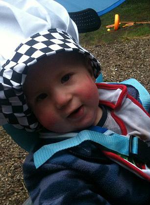 Nụ cười đang dần trở lại với cậu bé 3 tuổi sau khi chữa trị theo chương trình thử nghiệm lâm sàng tại Mỹ.