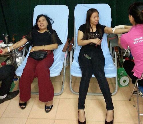 Giọt máu hồng cứu người của những phụ nữ tình nguyện