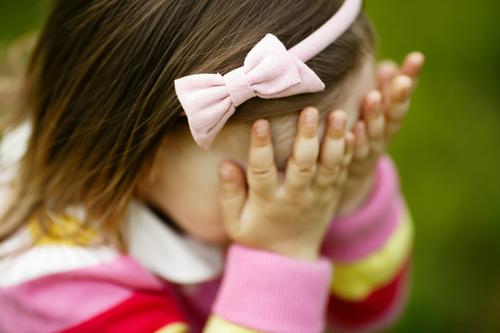 shy-child-8644-1427192630.jpg