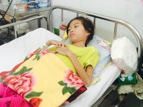 Cuộc chiến chống bệnh lupus của con gái lính đảo Trường Sa