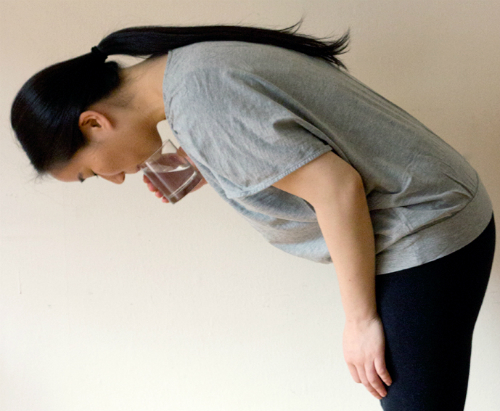 tips-how-to-get-rid-hiccups-01-2453-9640