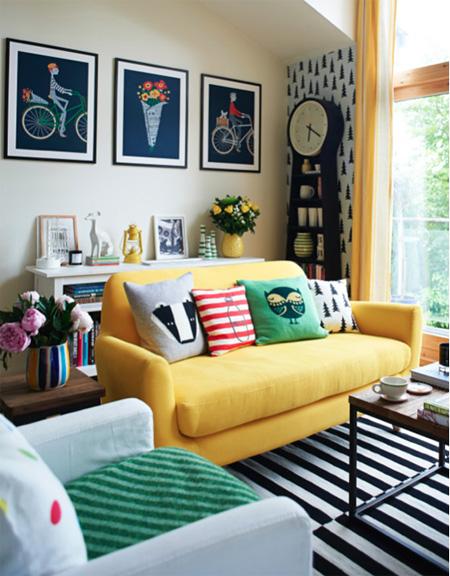 0 1141 1431328215 - Phòng khách sinh động nhờ sofa màu sắc