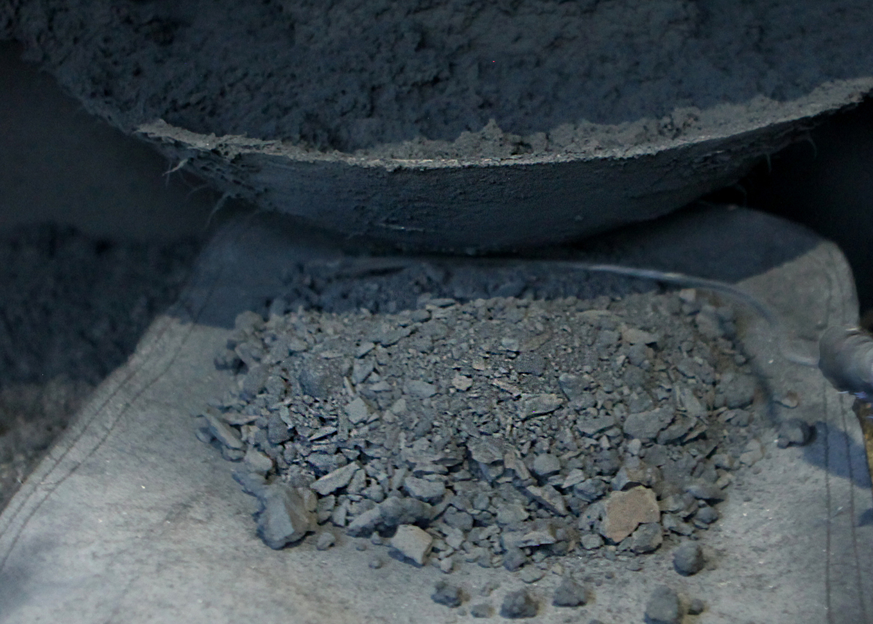 Bí mật gia truyền nghề dát vàng bạc của làng Kiêu Kỵ