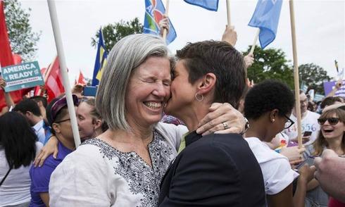 Hạnh phúc của người đồng tính Mỹ khi được công nhận hợp pháp