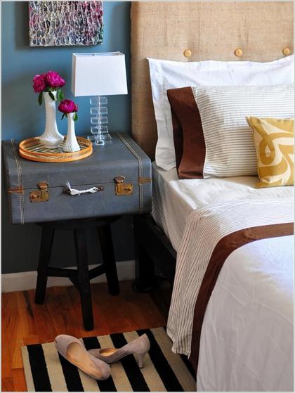 2 1 5598 1445486766 Thay bàn đầu giường bằng chỗ để đồ tiện dụng