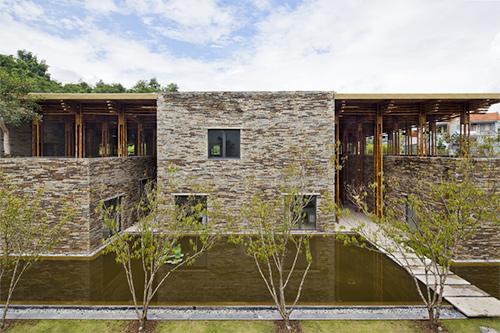 nha dat 2 9904 1454923711 Ngắm nhìn những ngôi nhà xây bằng đất, đá được giải thưởng kiến trúc
