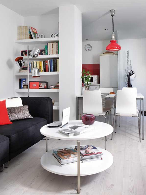 Bố trí nội thất gọn thoáng trong căn hộ hình ống hẹp