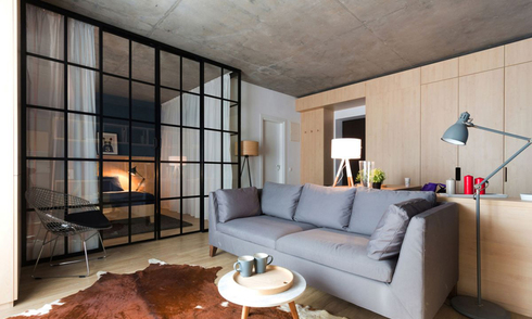 Nhà 50 m2 gọn gàng nhờ rèm phân cách