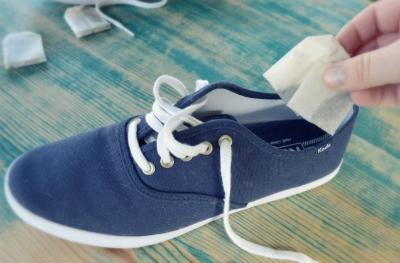1 4541 1463481262 - Cách đơn giản khử mùi hôi chân khi đi giày