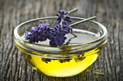 olympic lavender oil 2947 1463481262 - Cách đơn giản khử mùi hôi chân khi đi giày