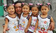 Cảnh nghèo nhưng tràn tiếng cười của các bé sinh tư ở Đồng Tháp