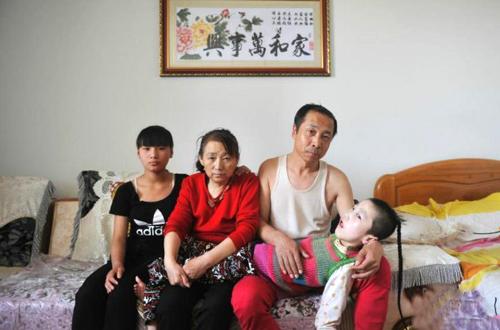 doi-vo-chong-lao-cong-15-nam-mom-com-cho-dua-tre-nhat-duoc-7