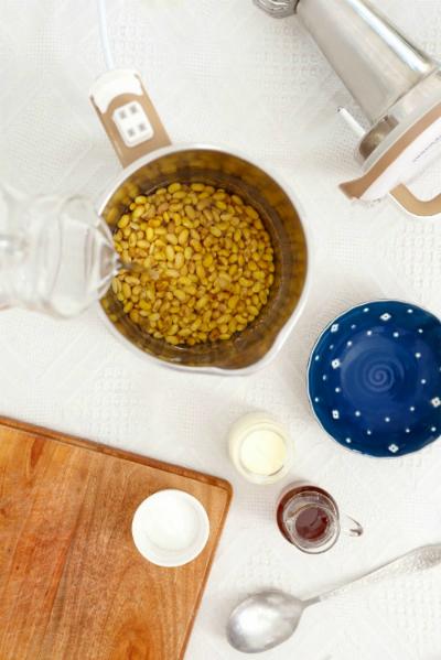 Làm sữa đậu nành thơm lừng trong 20 phút