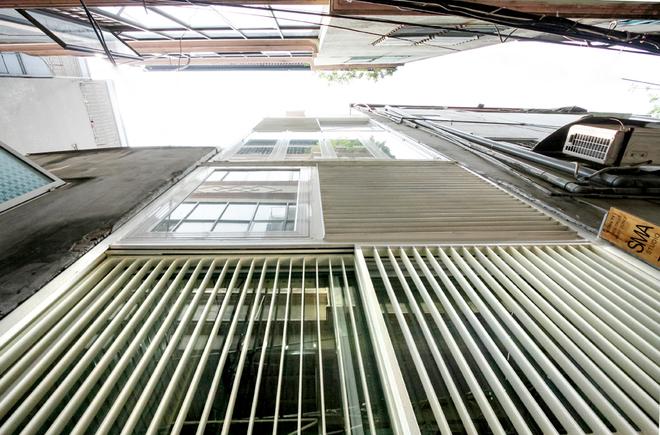 Nhà 10m2 không dùng viên gạch nào ở Hà Nội