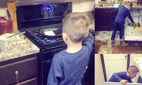 Bức ảnh bà mẹ để cậu bé 6 tuổi nấu ăn gây sốt