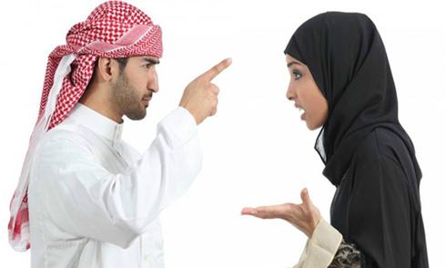 Chồng ly dị ngay khi thấy mặt thật của vợ