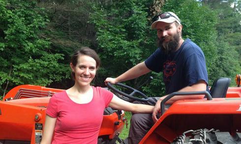 Cặp vợ chồng nghỉ hưu từ tuổi 33 nhờ cách tiết kiệm lập dị