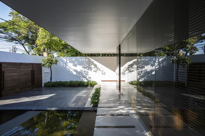 Rèm cây che mát mọi góc nhìn trong căn nhà phố ở Vũng Tàu