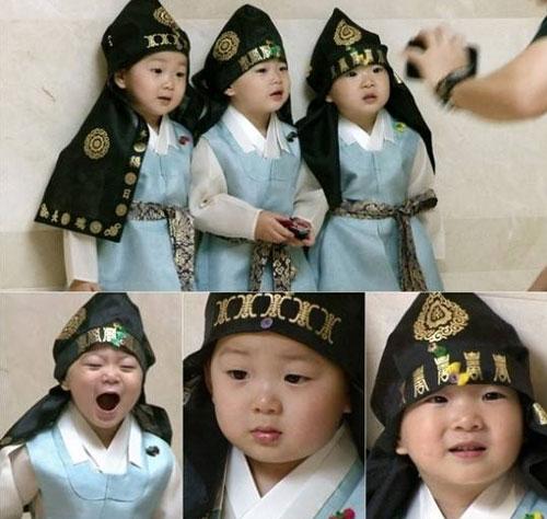 3-be-trai-sinh-ba-hut-hang-trieu-fan-khap-chau-a-5