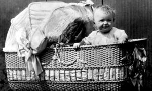 Những phát kiến chăm con kỳ lạ ở thế kỷ 20