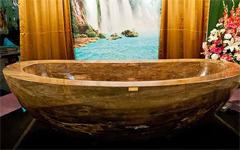 Bạn có nhận ra chiếc bồn tắm giá 1,7 triệu USD? - ảnh 6