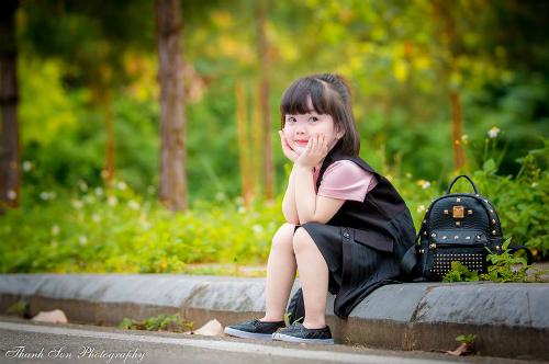 Anh Thanh Sơn rất thích chụp hình và đăng ảnh cô con gái đáng yêu trên trang cá nhân. Ảnh: NVCC.