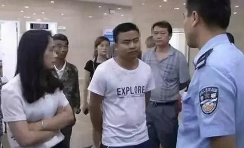 chia-tay-doi-qua-den-muc-phai-nhap-vien