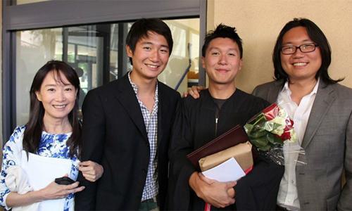 Bí mật của người mẹ Nhật nuôi 3 con vào đại học hàng đầu ở Mỹ