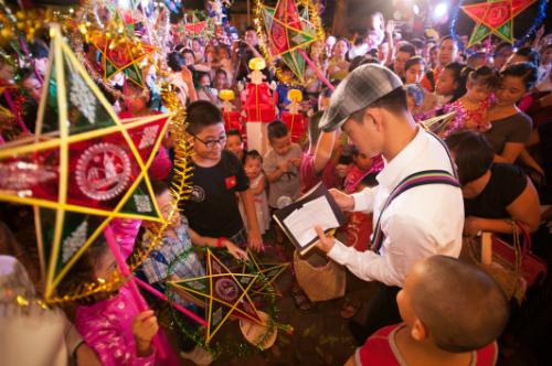 500 nghệ sĩ tham dự sự kiện Thu vọng nguyệt tại thủ đô