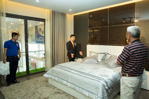 can-ho-mau-4-phong-tien-nghi-giua-showroom-noi-that-400m2-5