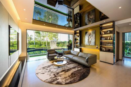 Để giải quyết mẫu thuẫn giữa mạ và vợ cũng như có không gian riêng cho gia đình nhỏ của mình anh Nam chọn mua căn hộ Dual kyes.