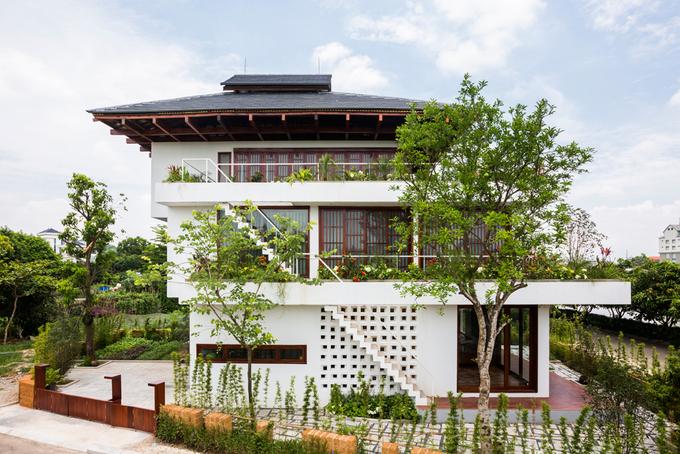 Nhà bậc thang pha kiến trúc Nhật ở Vĩnh Phúc