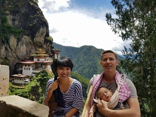 Thuỳ Minh cùng chồng con vi vu Bhutan vào tháng 8/2017