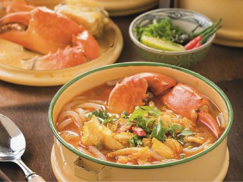 Bánh canh cua biển đậm đà nước dùng thích hợp cho ngày lạnh