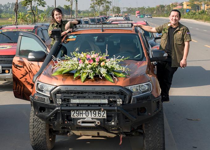 Chú rể Hà Nội rước dâu bằng dàn 50 xe thể thao địa hình