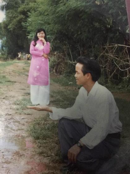 Bố và mẹ Quỳnh khi còn trẻ. Ảnh: NguyễnXuân Quỳnh.