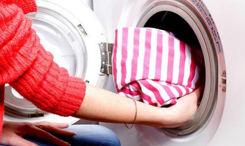 Các gia đình có điều kiện sử dụng máy sấy dạng máy giặt để Ảnh minh họa:Compact Appliance.