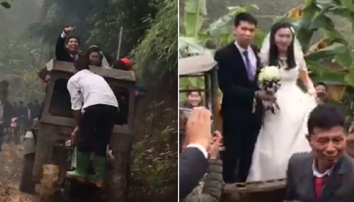 Cô dâu, chú rể tươi cười đứng trên xe công nông chào mọi người.