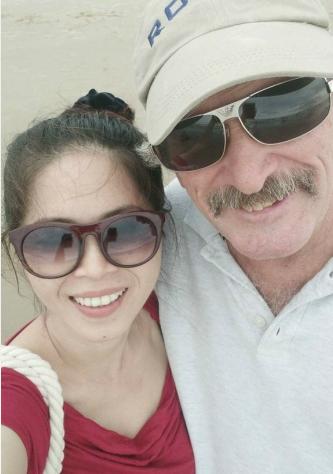 Ông chồng 13 năm đấu tranh để được đưa vợ Việt sang Mỹ