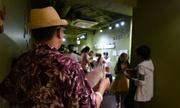 Bóng tối sau màn biểu diễn gợi cảm của các bé gái Nhật
