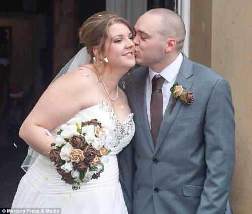 Nhiếp ảnh gia mất nghề sau bộ ảnh cưới thảm họa