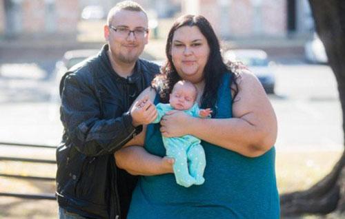 Người phụ nữ từ bỏ giấc mơ béo nhất thế giới để được làm mẹ